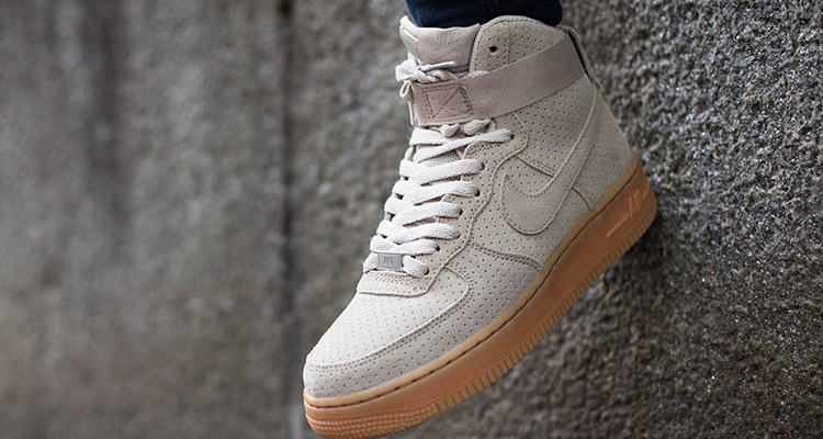 nike wmns air force 1 hi