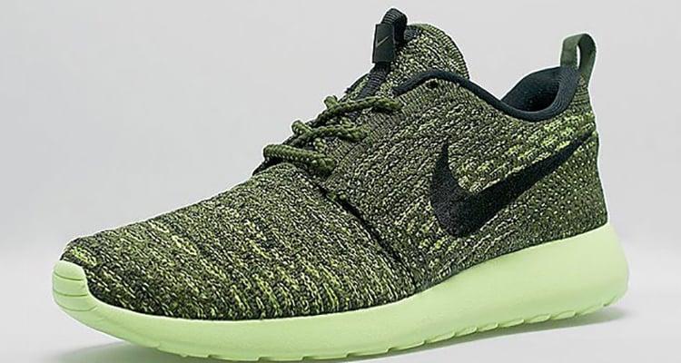 Nike Flyknit Roshe
