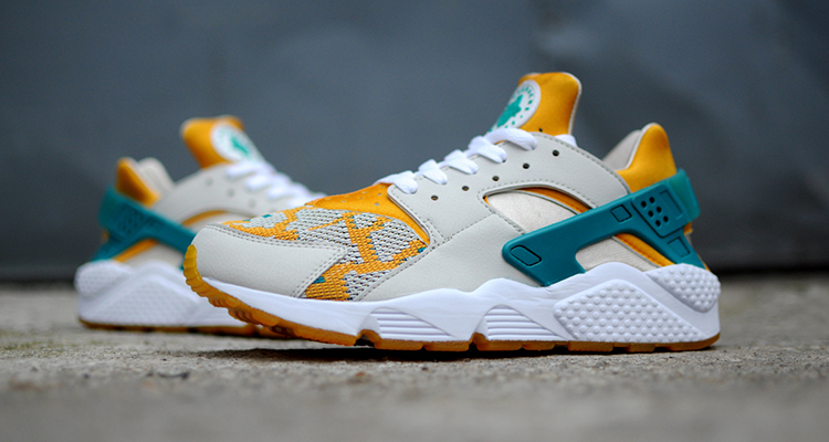 Womens Nike Air Huarache Light Bone