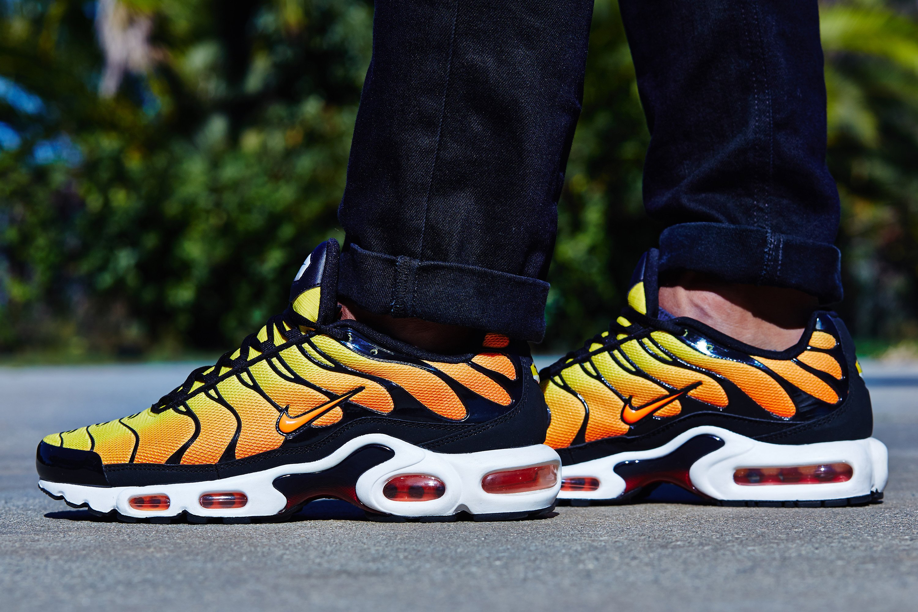 air max plus orange tiger