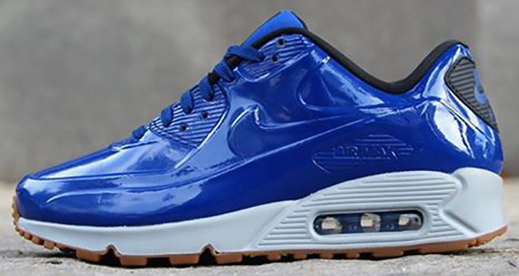 blue and white air max 90