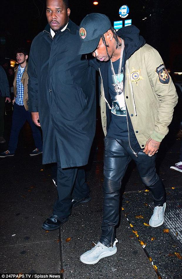 Celebrity Sneaker Stalker // #BoostWeek