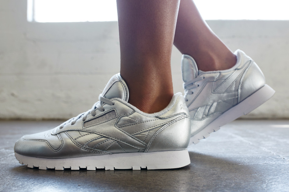 97d6e66e73b93 On-Foot Look    FACE Stockholm x Reebok Classic Leather