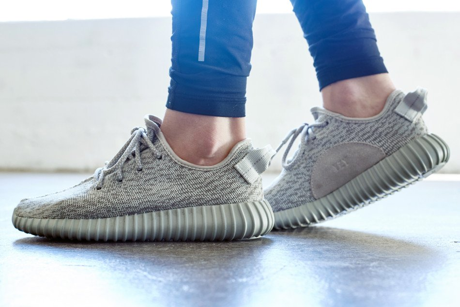 purchase cheap d5e86 21573 On-Foot Look // adidas Yeezy Boost 350