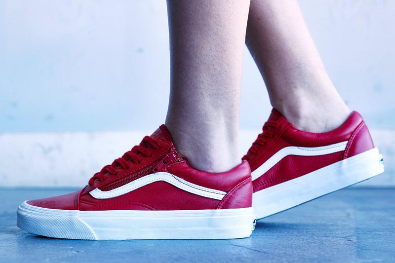 red vans old skool on feet