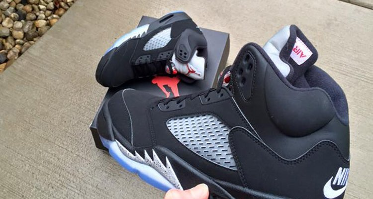 The Air Jordan 5 Black Metallic With Nike Air Is Coming This