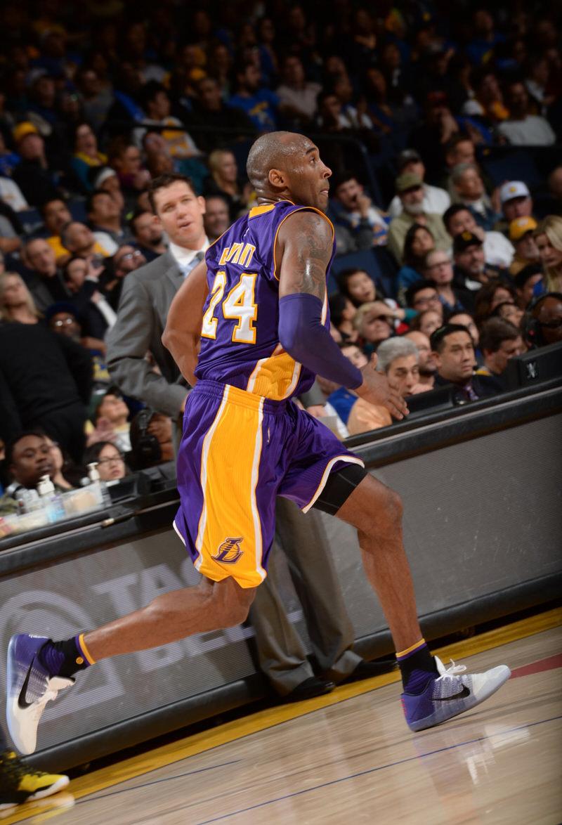 Kobe Bryant wearing the Nike Kobe 11