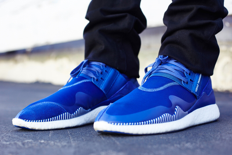 on foot look adidas y 3 retro boost roundel blue. Black Bedroom Furniture Sets. Home Design Ideas