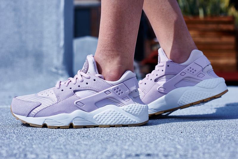 "Nike Air Huarache ""Bleached Lilac"" On-Foot Look"