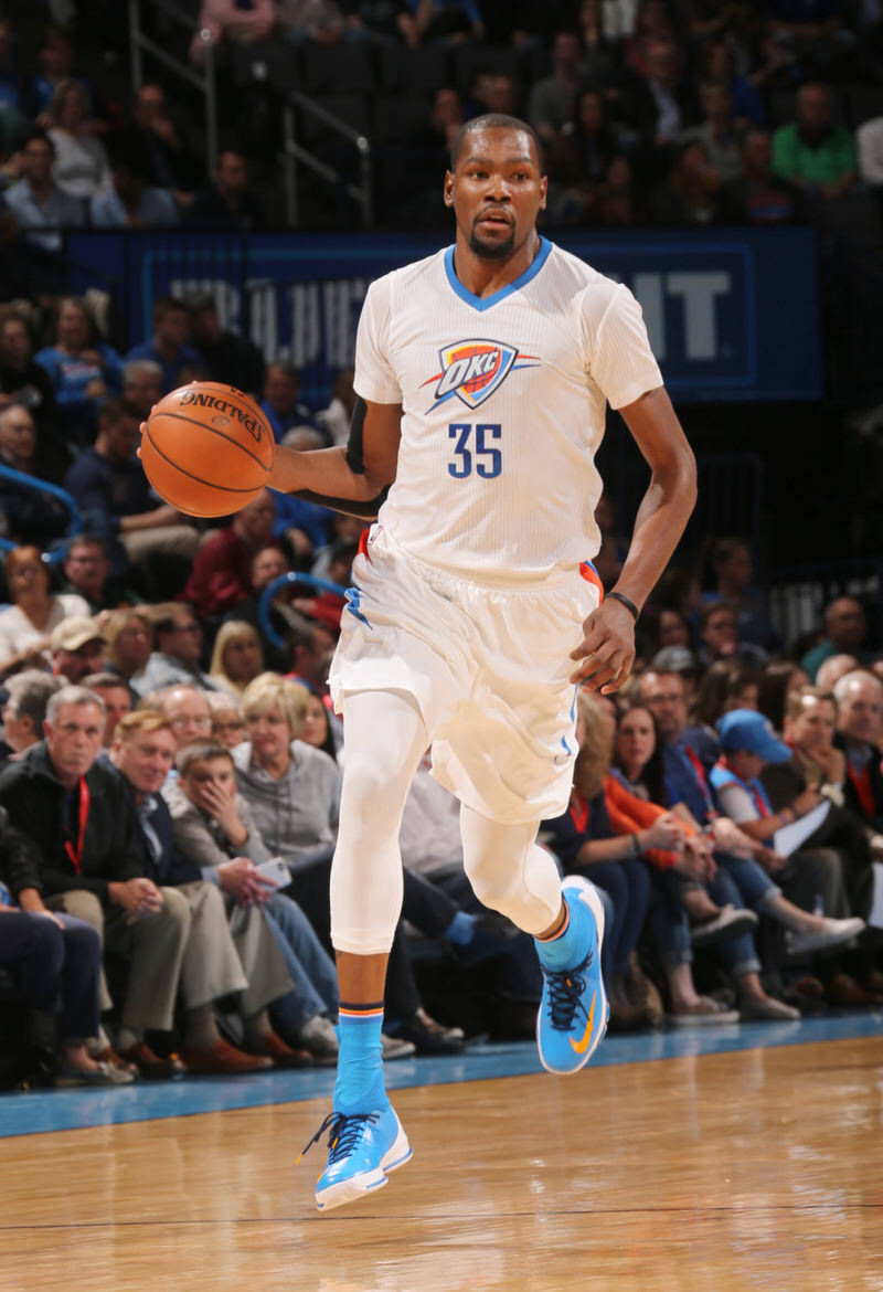 Kevin Durant in a Nike KD 8 Elite