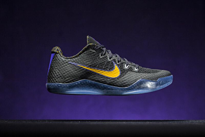 Nike Kobe 11 \
