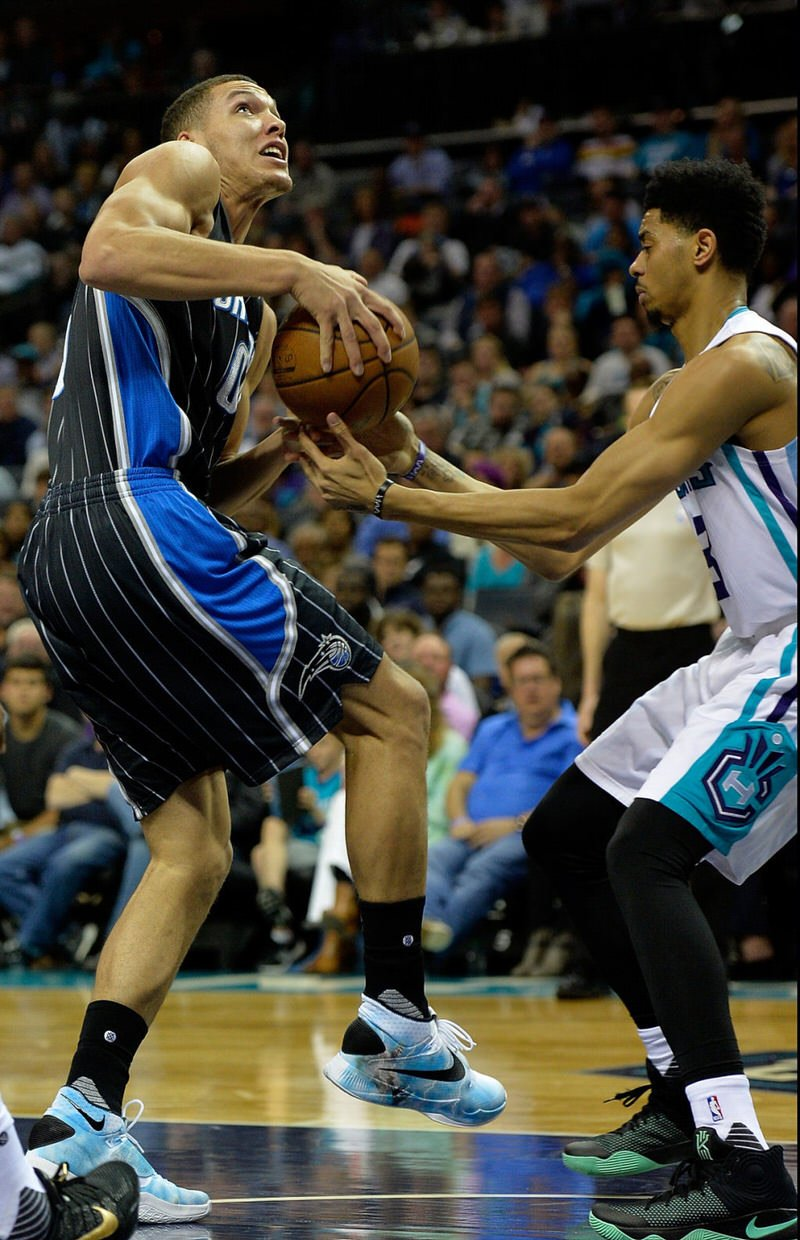 Aaron Gordon and Jeremy Lamb in the Nike Zoom HyperRev 2016 and the Nike Kyrie 2, respectively