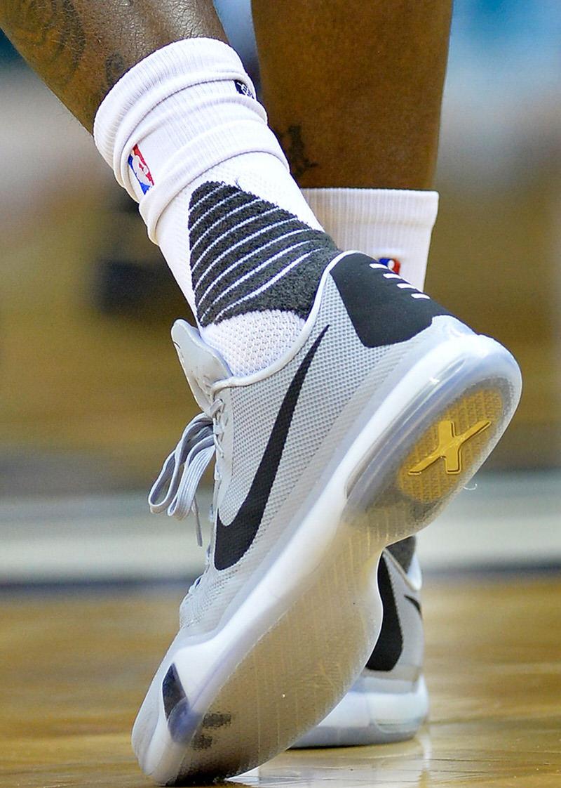 Marvin Williams' Nike Kobe X