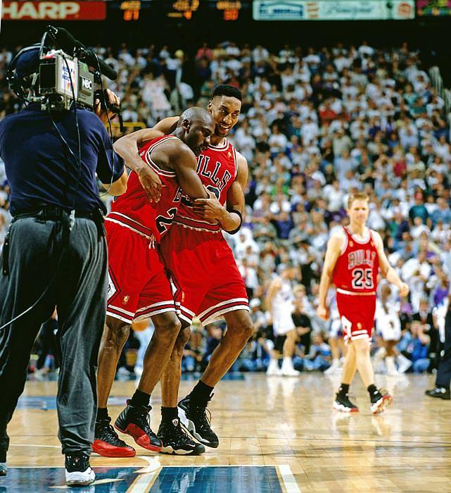 Michael Jordan Flu Game AJ XII 12 Scottie Pippen