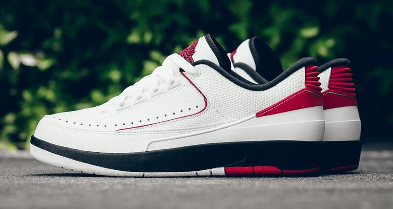 """Air Jordan 2 Low """"Chicago"""""""