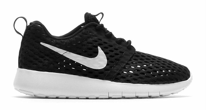 Nike Roshe Run Black And White Speckled Sole patchworkgarden-shop.co