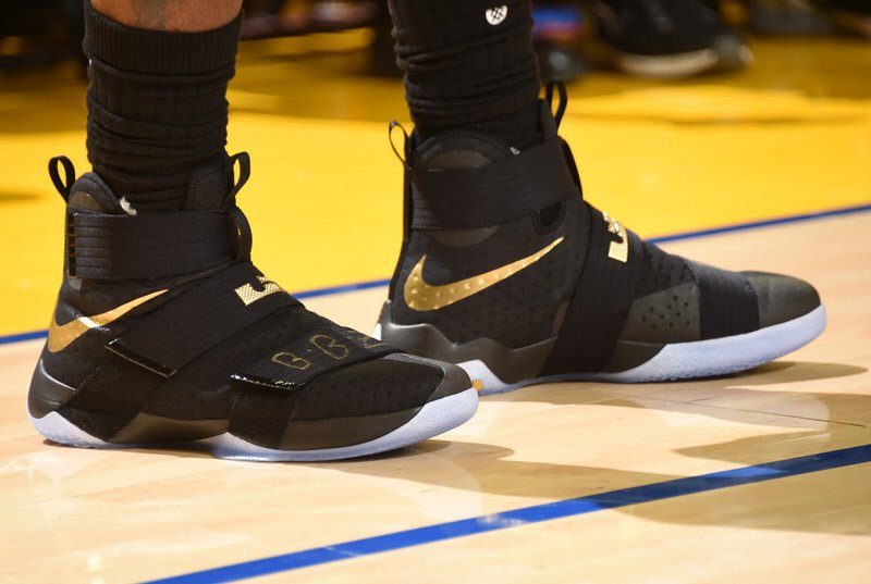 OAKLAND, CA - JUNE 13: The sneakers of LeBron James #23 of the Cleveland Cavaliers during the game against the Golden State Warriors in Game Five of the 2016 NBA Finals on June 13, 2016 at ORACLE Arena in Oakland, California. NOTE TO USER: User expressly acknowledges and agrees that, by downloading and/or using this Photograph, user is consenting to the terms and conditions of the Getty Images License Agreement. Mandatory Copyright Notice: Copyright 2016 NBAE (Photo by Andrew D. Bernstein/NBAE via Getty Images)
