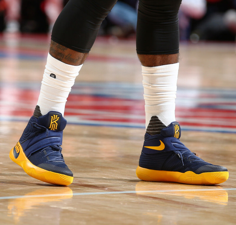 official photos cd19b b1ac2 kyrie 2 usa on feet
