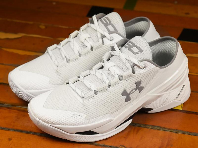 official photos cefa7 b7c2f ... white colorway of the Curry Two Low ...