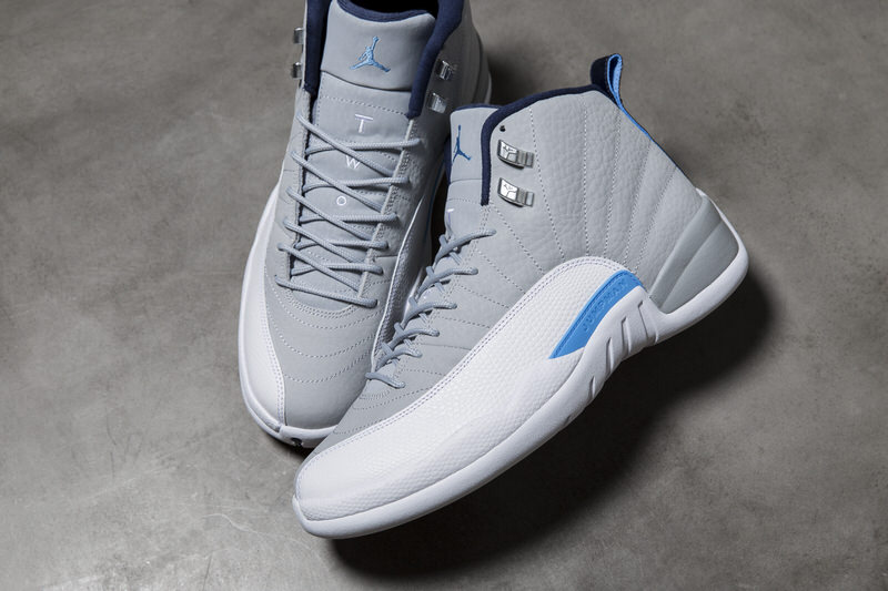 Air Jordan 12 \