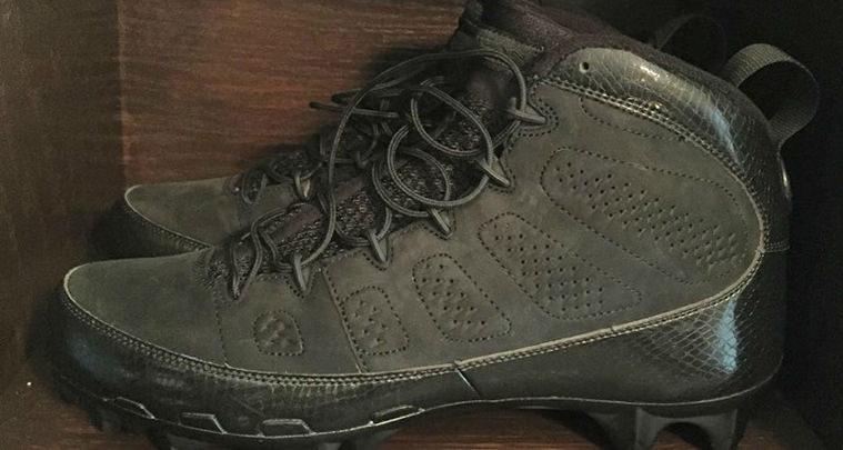Air Jordan 9 Cleats