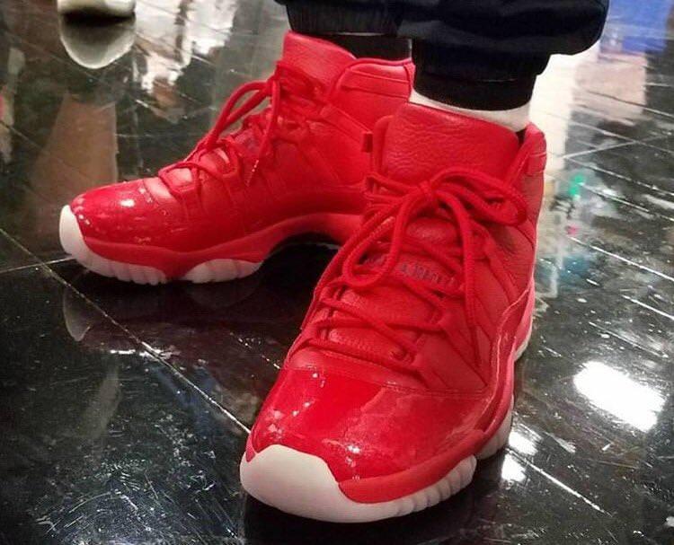 Chris Paul Debuts Air Jordan 11