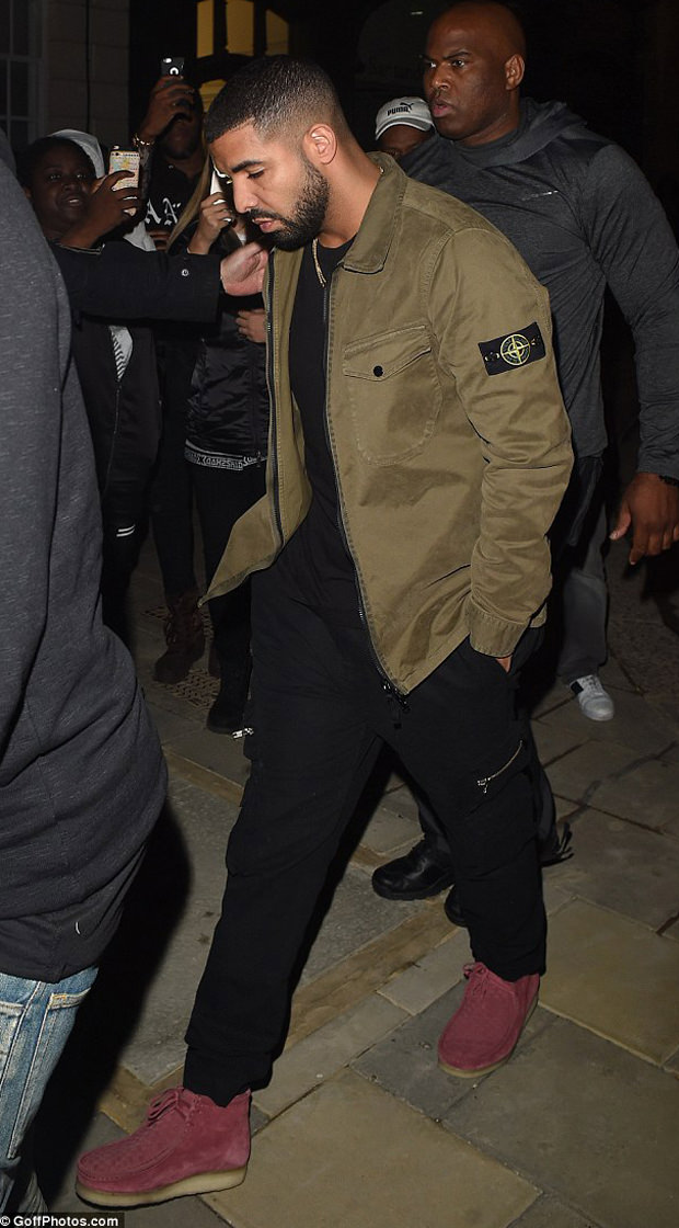 Drake in the Clarks Wallabee
