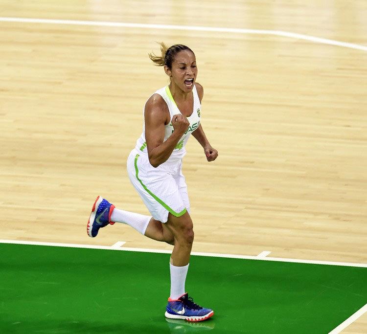 Adriana Moises Basketball+Olympics+Day+1+awi-dAX5MQgx