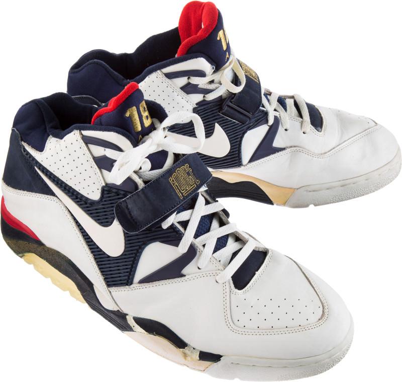 Barkley dream-team-sneaker-auction-barkley-nike-air-force-180_xmvqfu