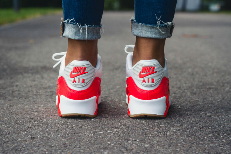 Nike Air Max 90 Essential Summit WhiteBright Crimson   Nice