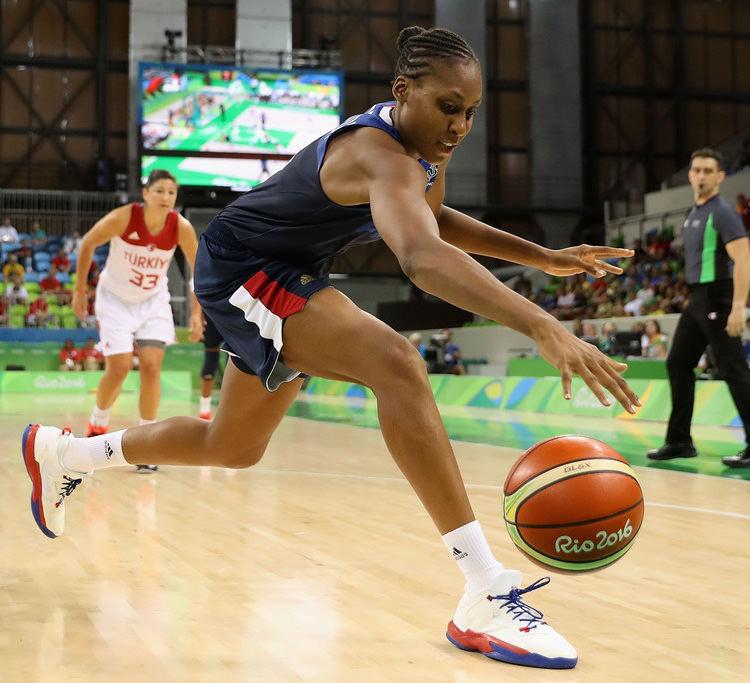 Sandrine Gruda Basketball+Olympics+Day+1+XWl8tcmzXH5x