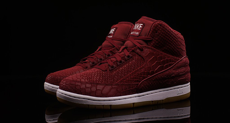 Nike Air Python Team Red