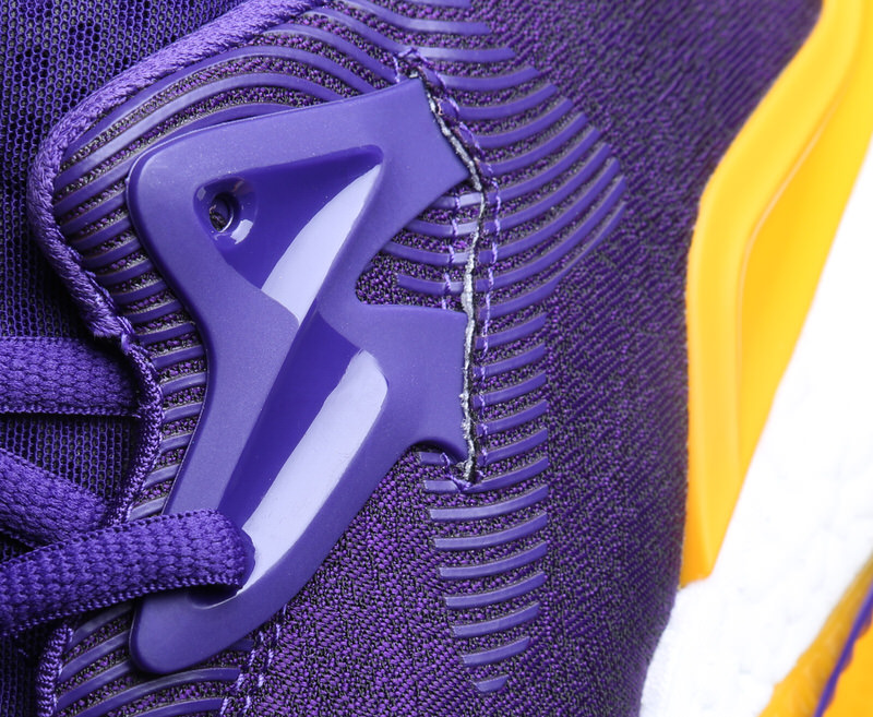 brandon-ingram-adidas-crazylight-boost-2016-pe-lakers-5