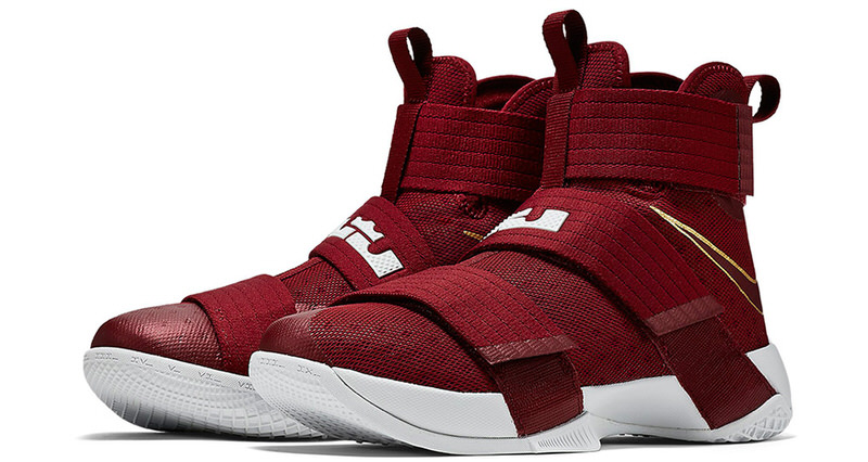 "Nike LeBron Soldier 10 ""Team Red"""