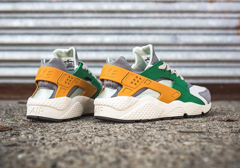 Nike Air Huarache Pine Green/Gold Leaf