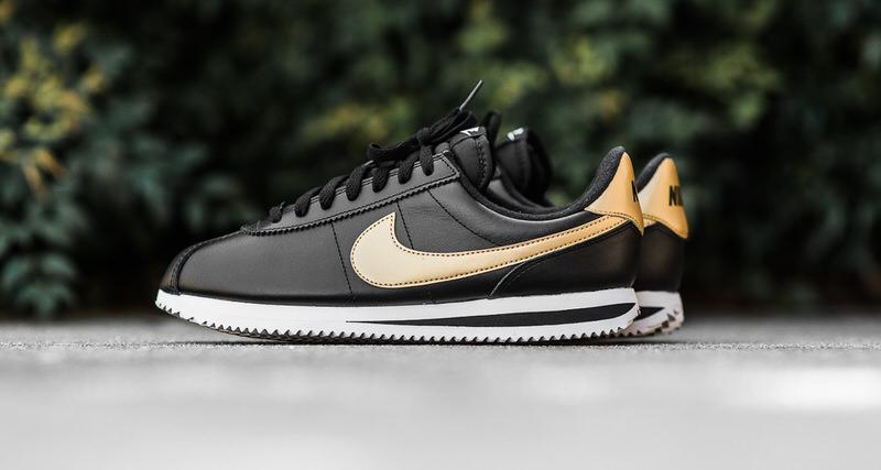 Nike Cortez Gold Damen
