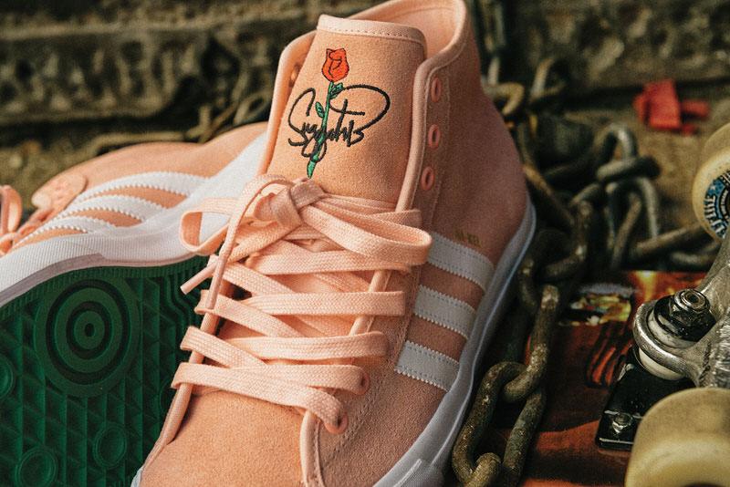 footwear_matchcourthirx_nakel1