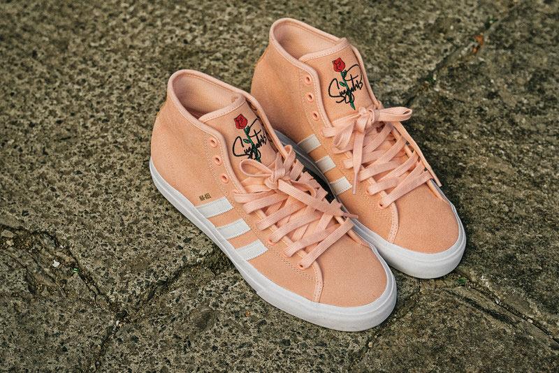 footwear_matchcourthirx_nakel2