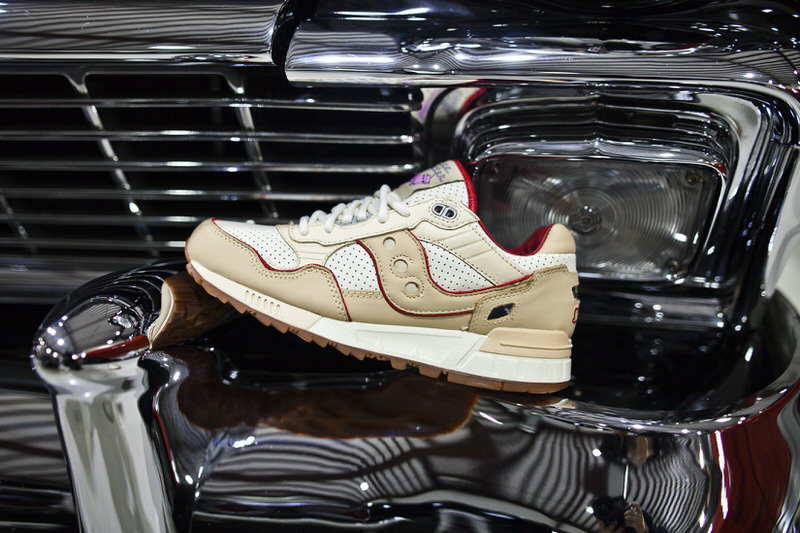 "Extra Butter x Saucony For The People ""Friends & Family"""