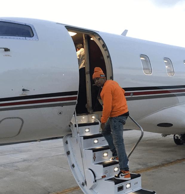 "Nas in the Air Jordan 1 ""Shattered Backboard"""