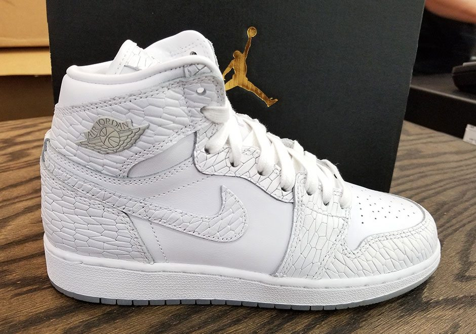 "Air Jordan 1 Heiress ""Frost White"""