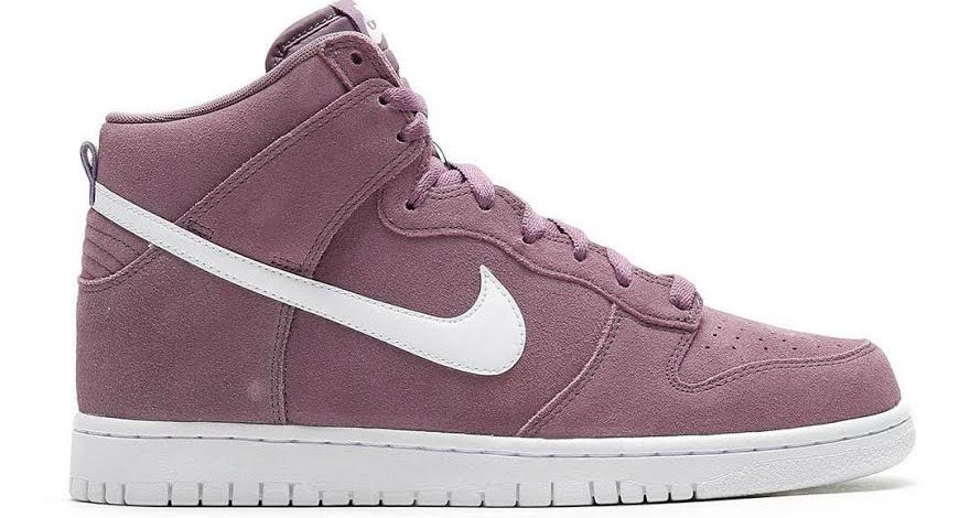 "Nike Dunk High ""Violet Dust"""