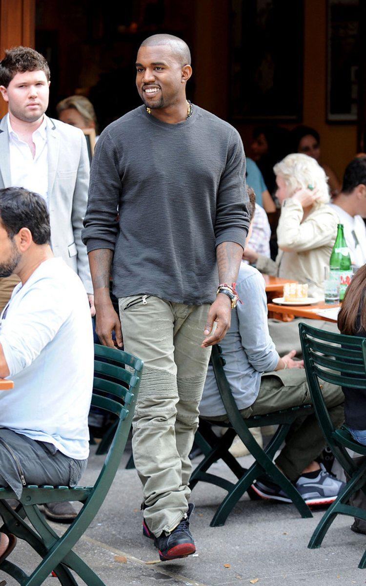 "Kanye West in the Air Jordan 7 Retro ""Raptors"""
