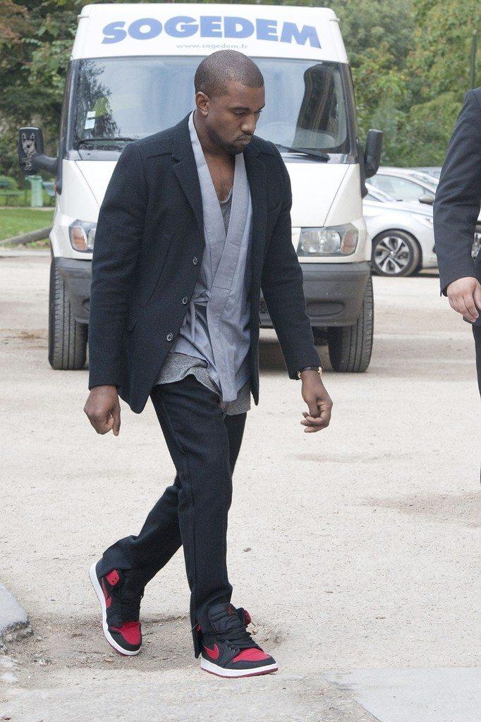 "Kanye West in the Air Jordan 1 ""KO"""