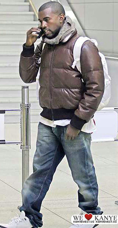 "Kanye West in the '01 Air Jordan 3 ""Mocha"""