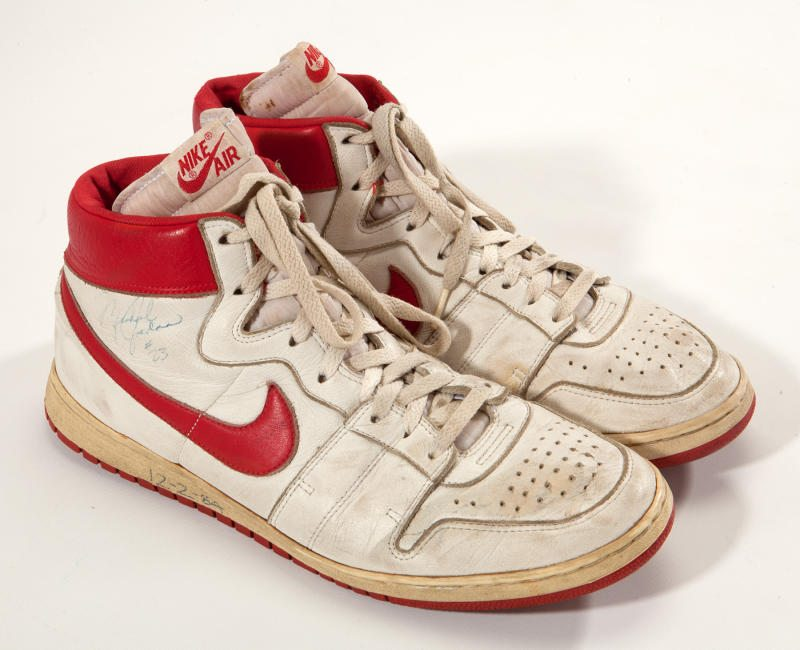 Nike Air Ship in White/Red game worn and autographed by Michael Jordan