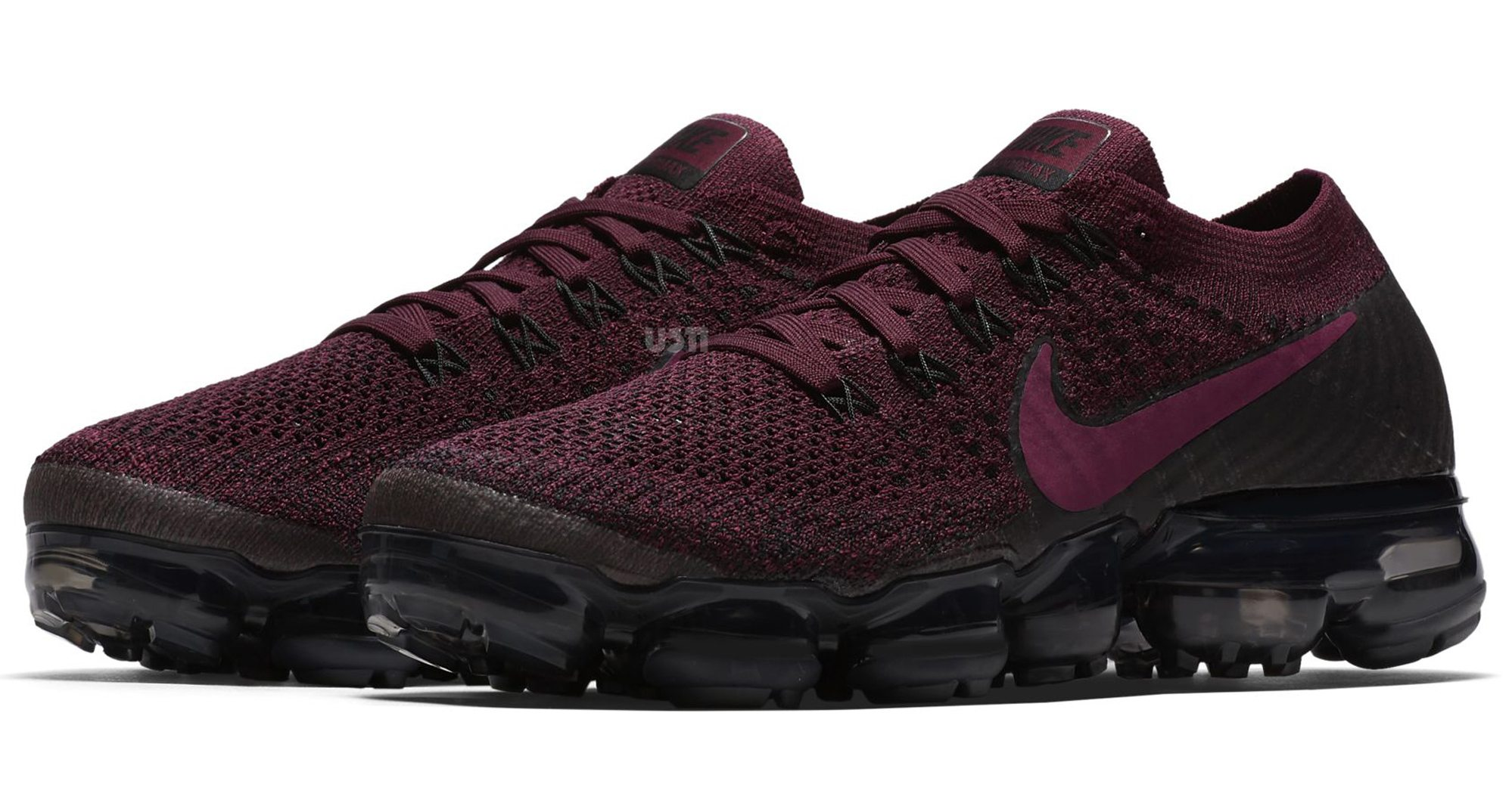 nike air vapormax cranberry is releasing soon nice kicks. Black Bedroom Furniture Sets. Home Design Ideas