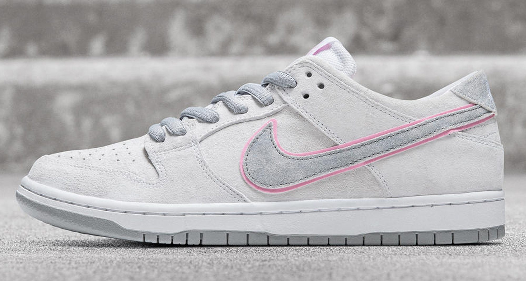 5bc6ee7b51a ... Nike SB Dunk Low Pro ...