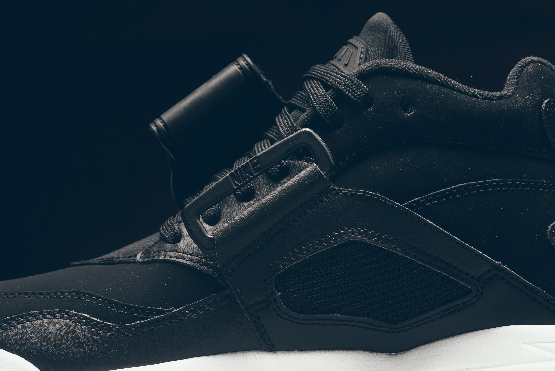 Nike Air Diamond Turf Black/White