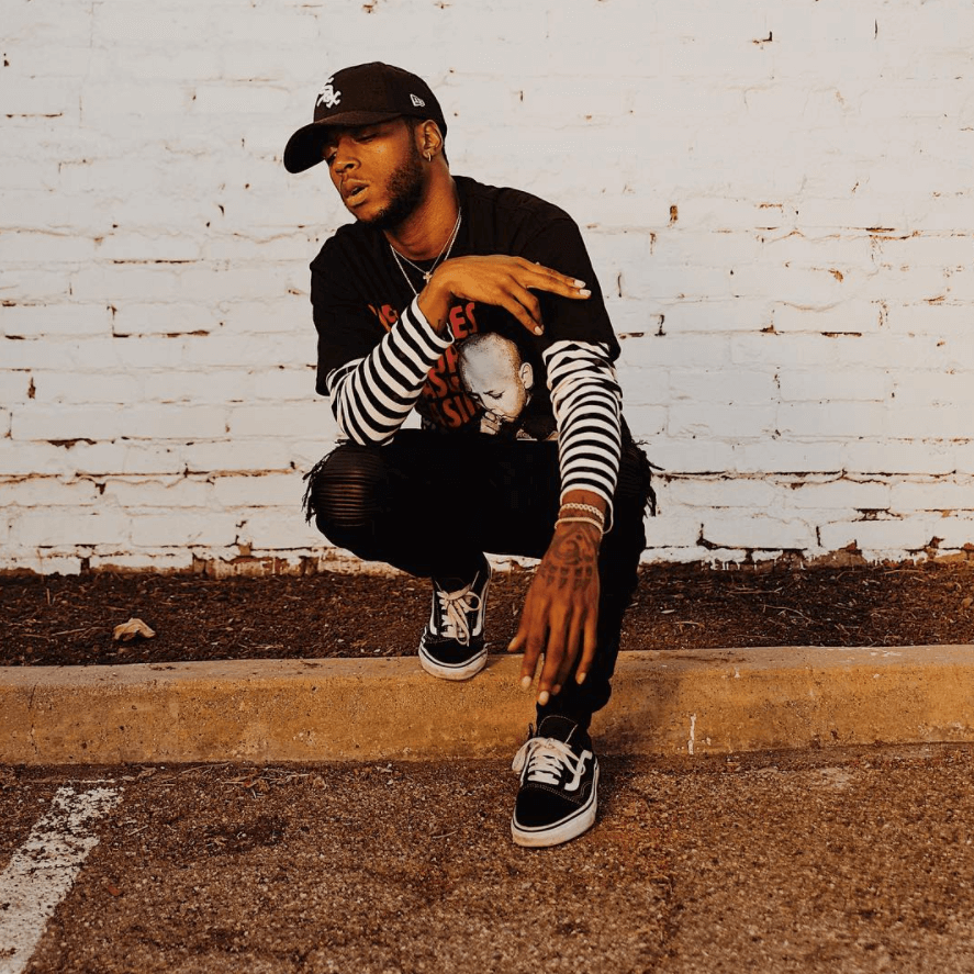 6lack in the Vans Old School